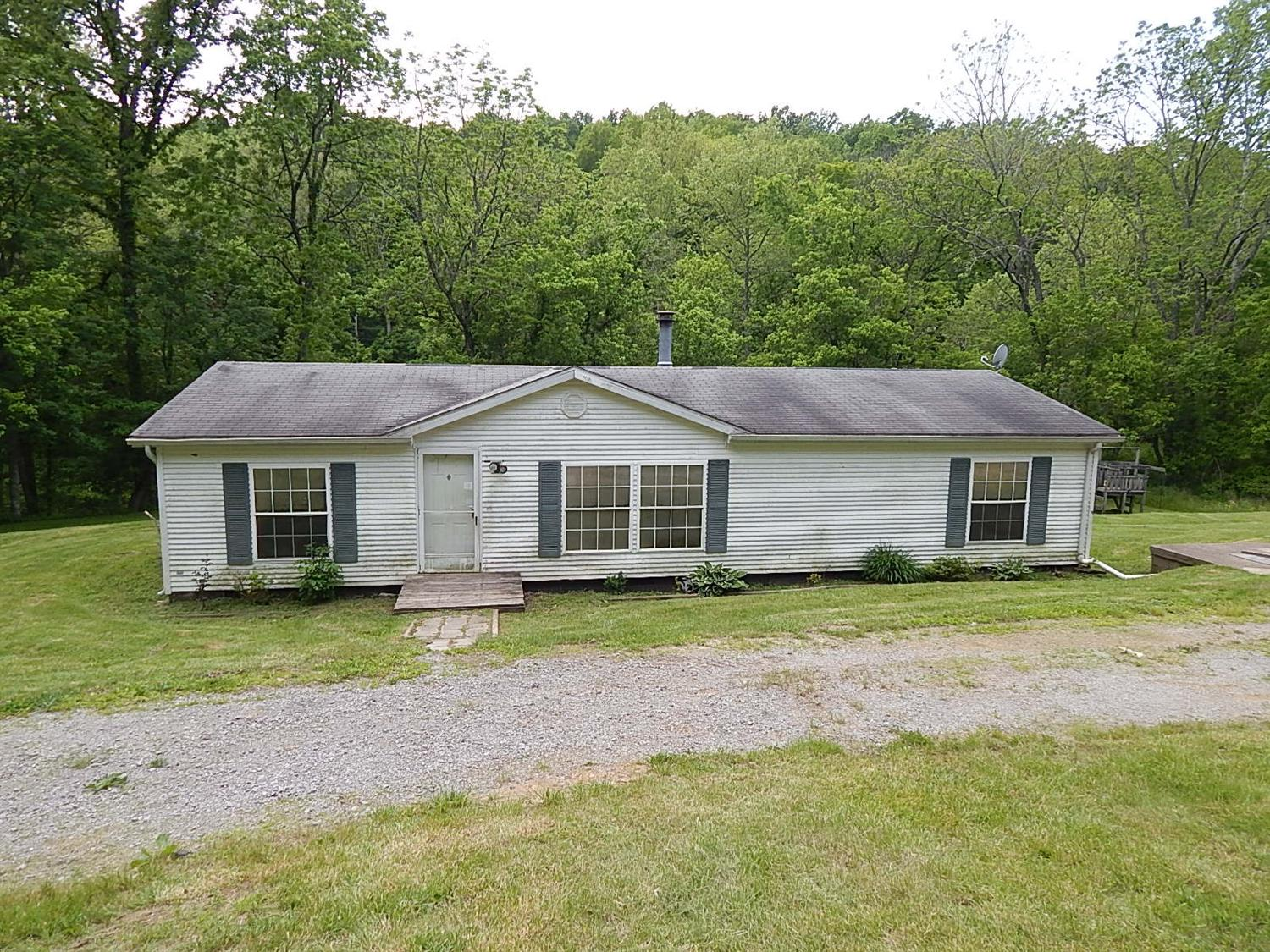 real estate photo 1 for 1530 Arnolds Creek Rd Dry Ridge, KY 41035
