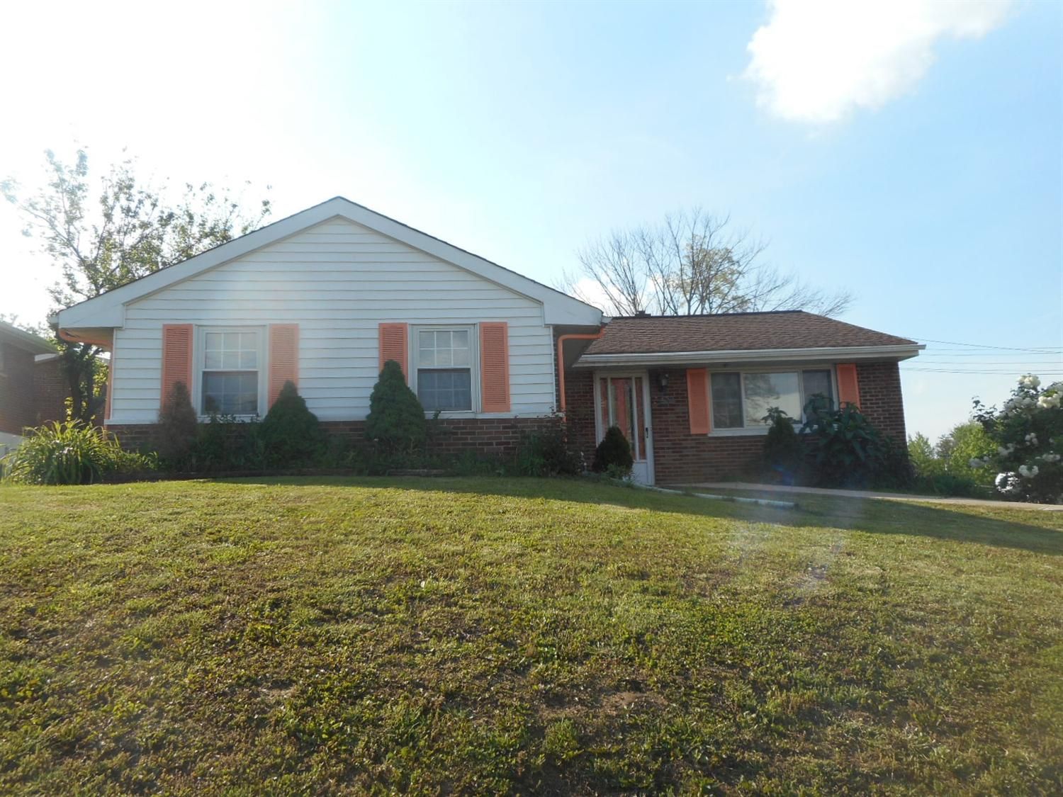 real estate photo 1 for 3432 Cherry Tree Ln Erlanger, KY 41018