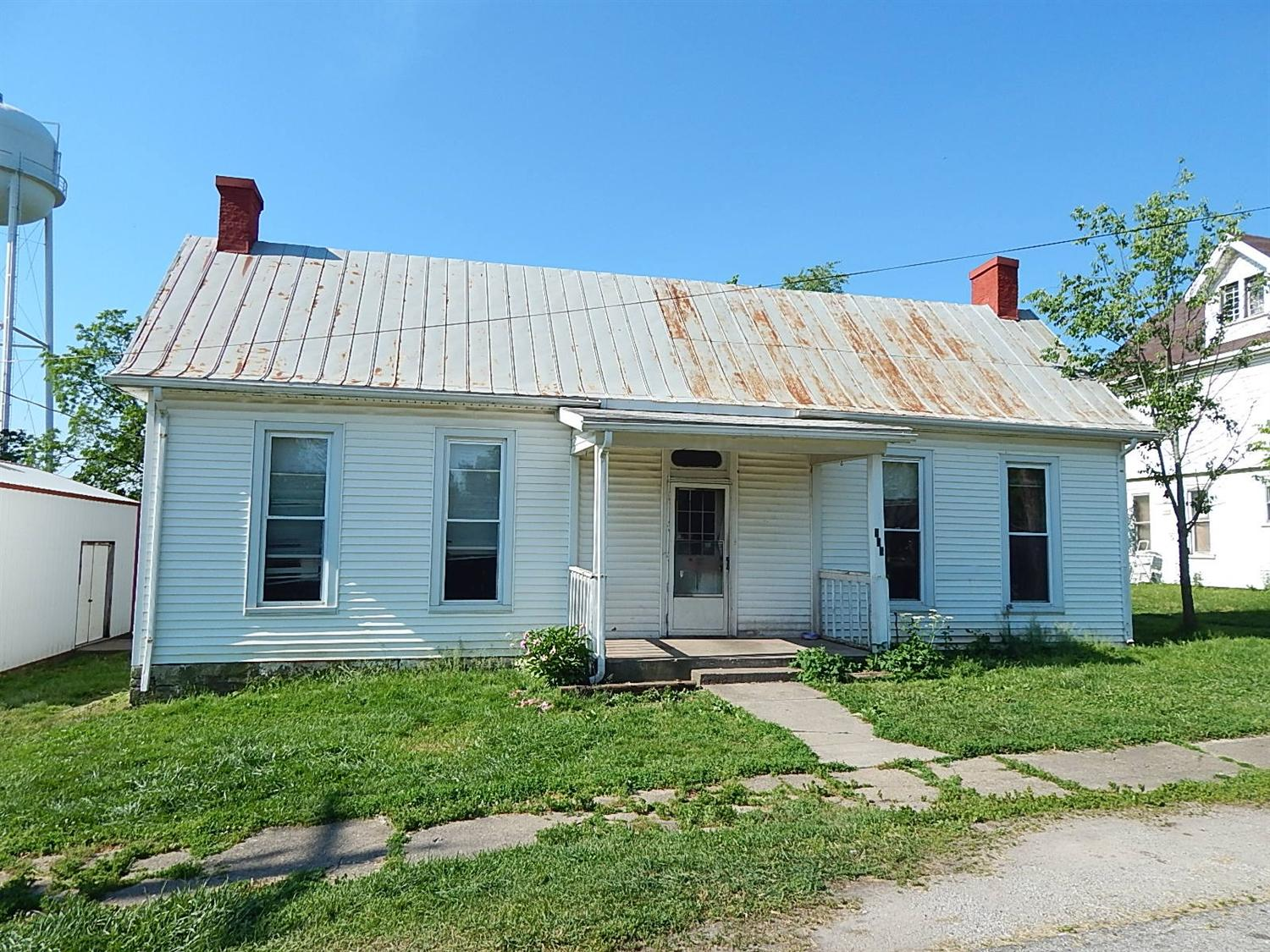 real estate photo 1 for 113 E Perry St Owenton, KY 40359