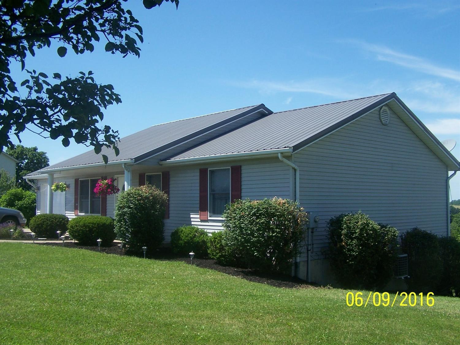 real estate photo 1 for 809 Humes Ridge Rd Williamstown, KY 41097