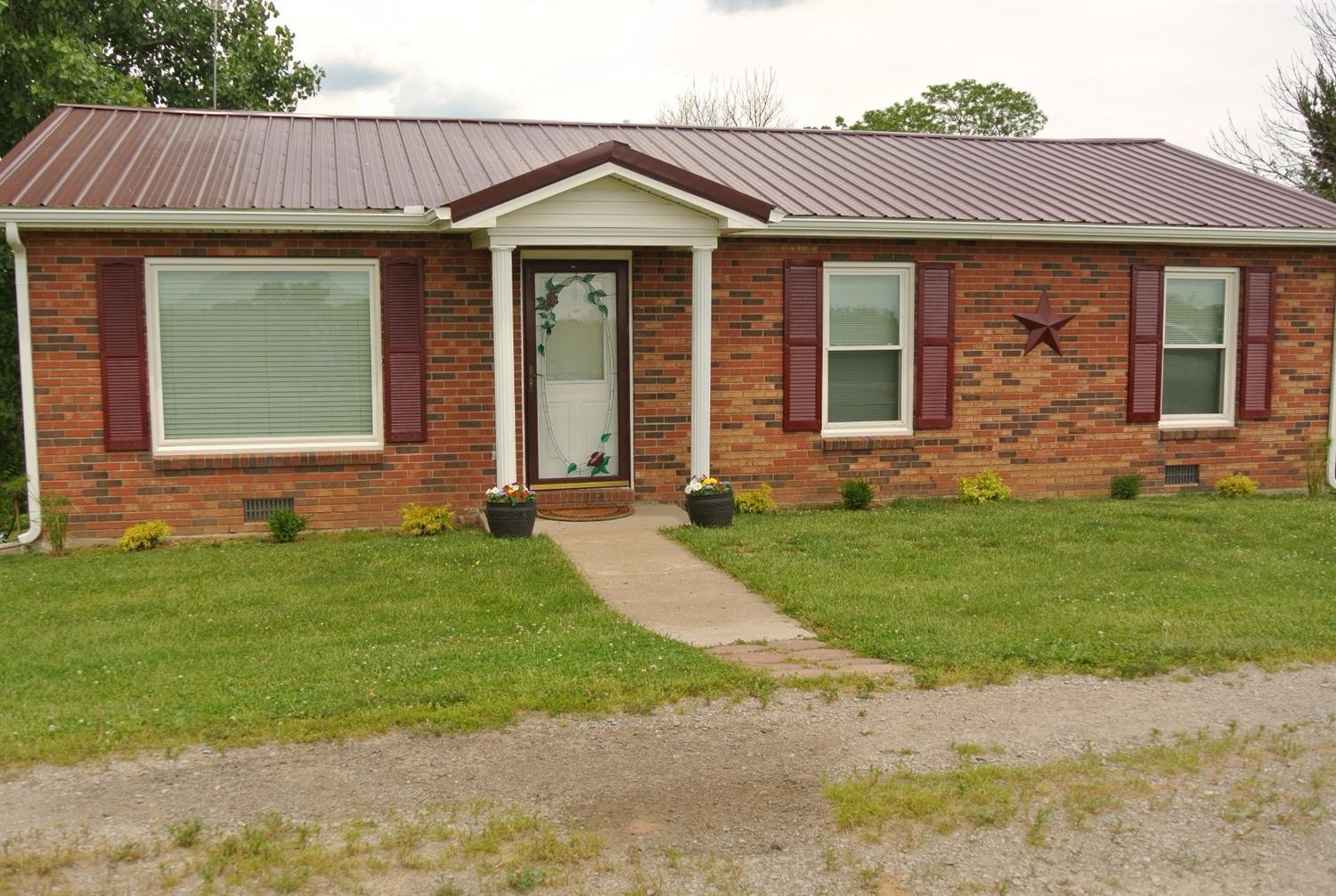 real estate photo 1 for 360 Handy Ln Owenton, KY 40359