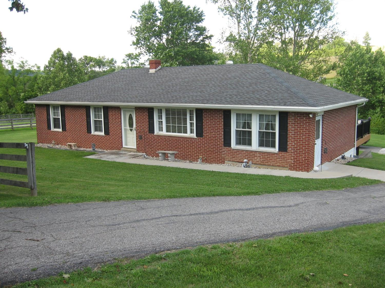 real estate photo 1 for 9027 Persimmon Grove Pike Alexandria, KY 41001
