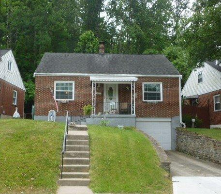real estate photo 1 for 326 Riddle Pl Newport, KY 41071