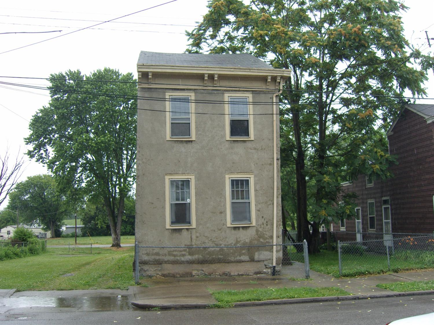 real estate photo 1 for 614 E 16th St Covington, KY 41014
