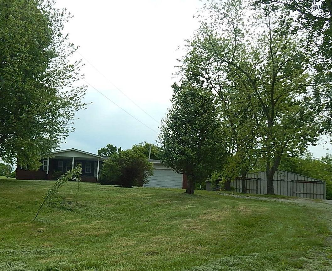 real estate photo 1 for 705 Munk Rd Verona, KY 41092