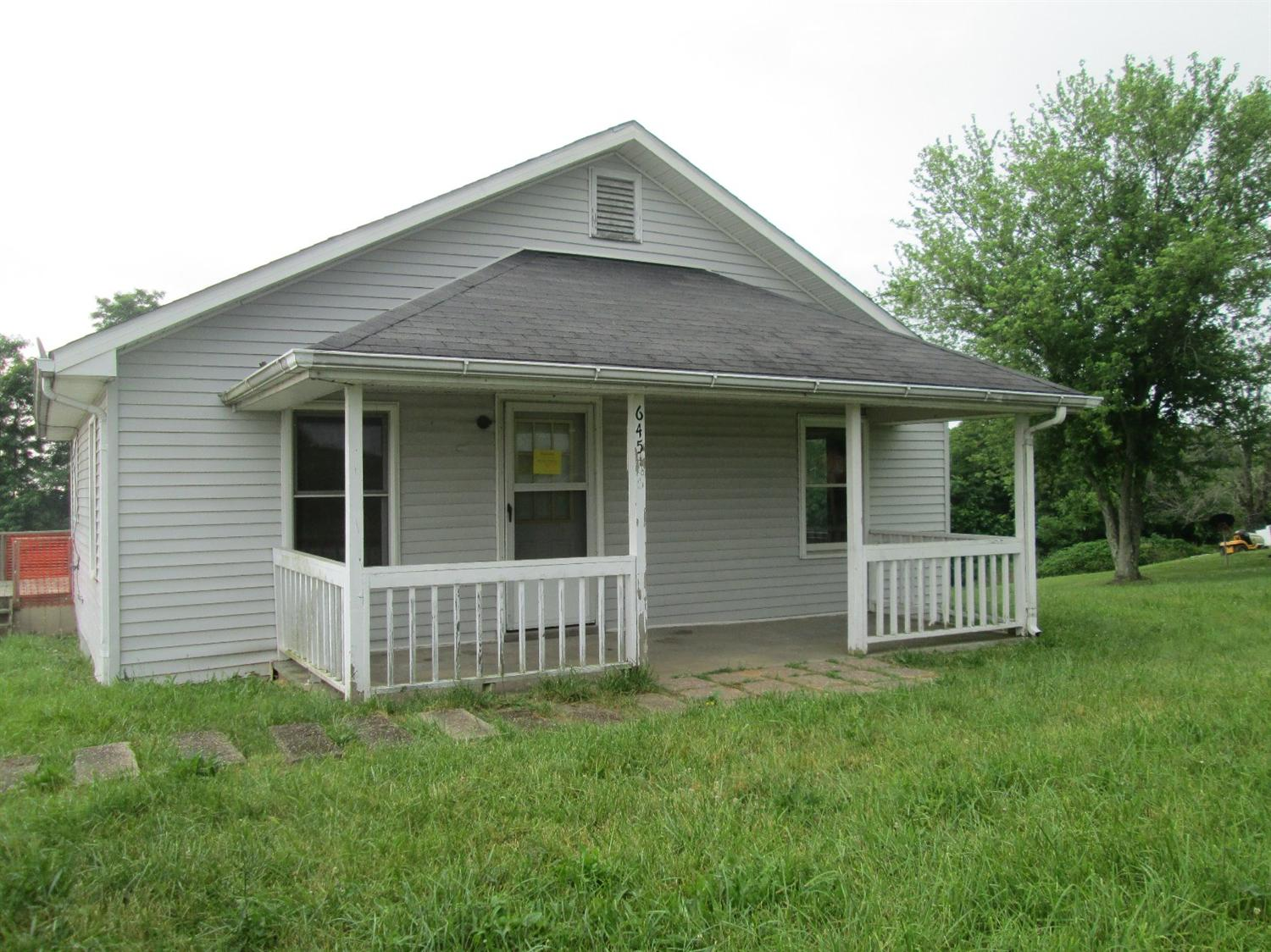 real estate photo 1 for 645 E Adair St Owenton, KY 40359