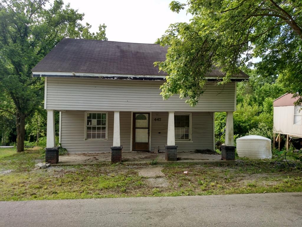 real estate photo 1 for 447 Crittenden St Gratz, KY 40359