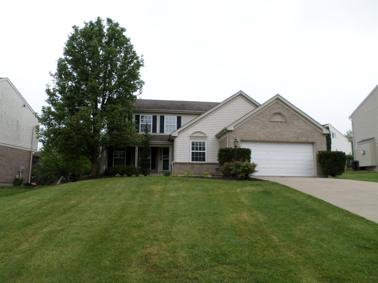 real estate photo 1 for 1499 Sequoia Dr Hebron, KY 41048