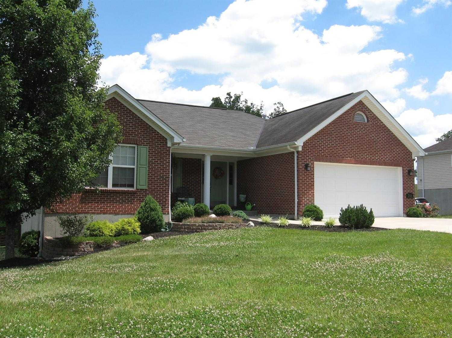real estate photo 1 for 744 Mallard Dr Alexandria, KY 41001