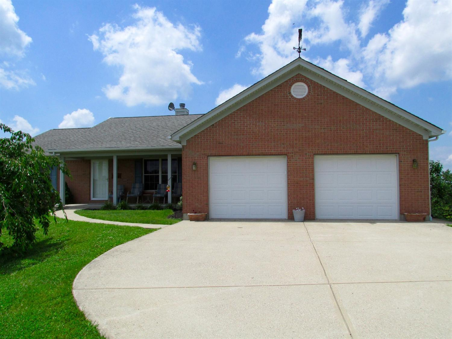 real estate photo 1 for 430 Mason Rd Williamstown, KY 41097