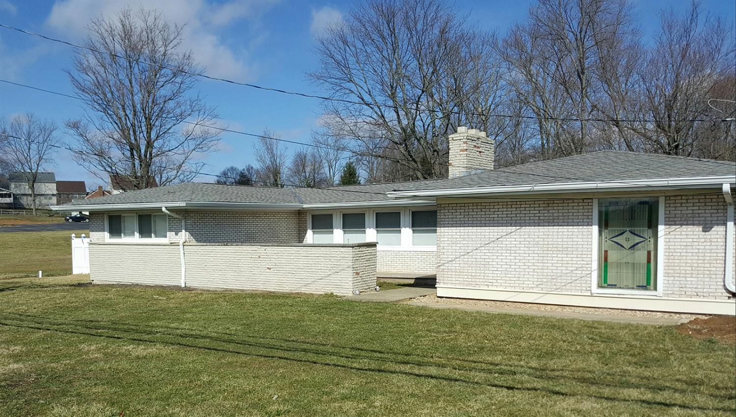 real estate photo 1 for 948 Cayton Rd Florence, KY 41042