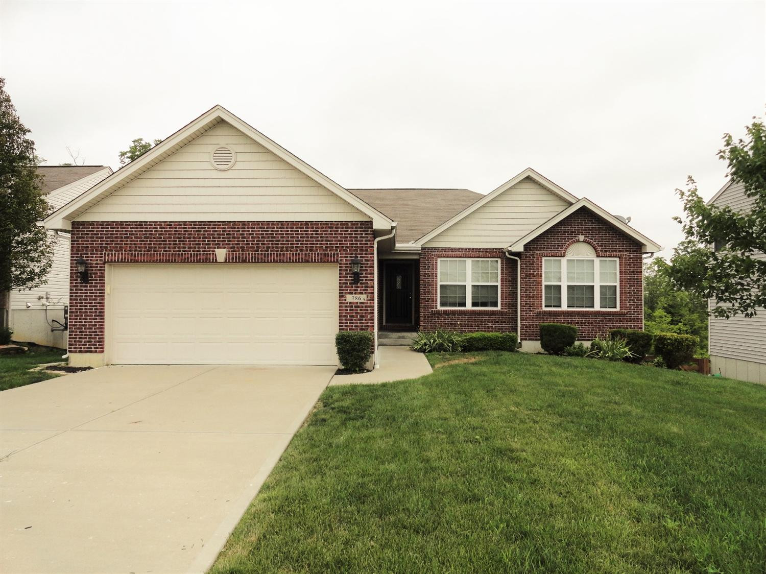 real estate photo 1 for 786 Stanley Ln Independence, KY 41051