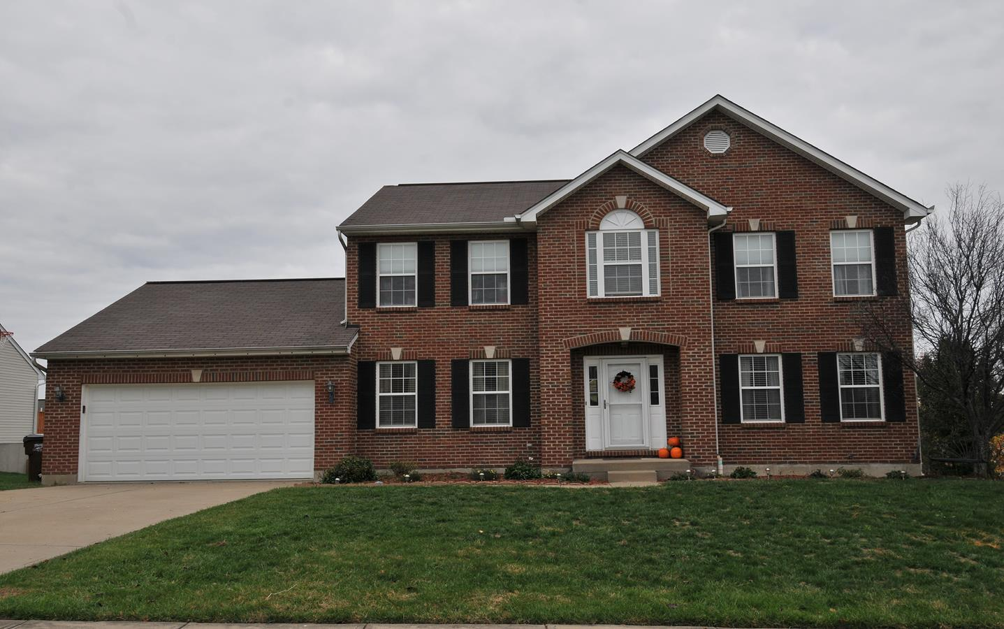 real estate photo 1 for 9228 Mill Way Florence, KY 41042