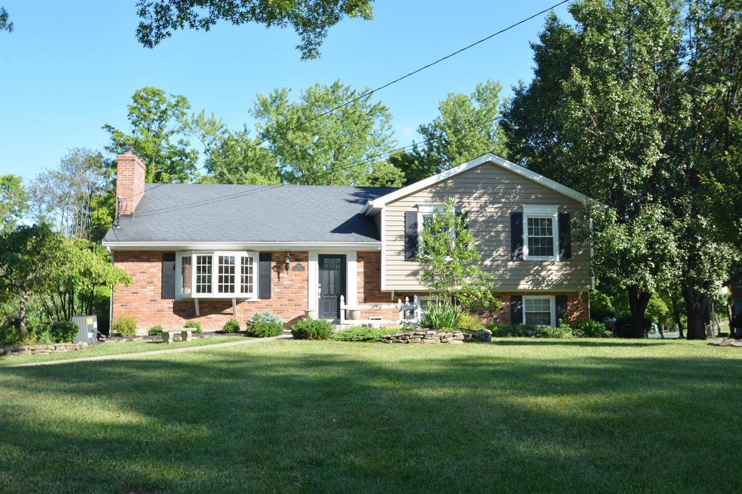 real estate photo 1 for 3118 Bernard Dr Edgewood, KY 41017