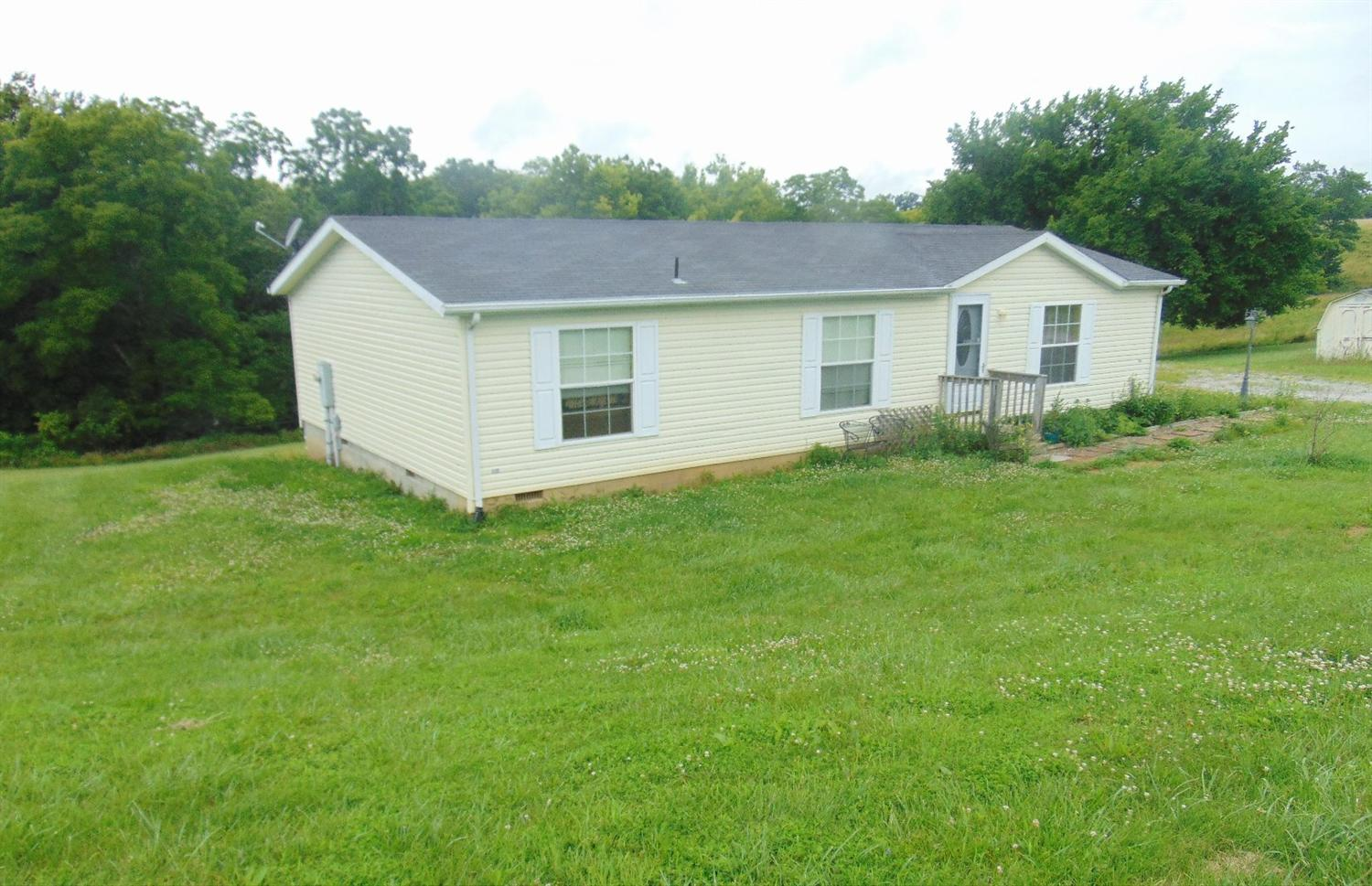 real estate photo 1 for 570 Roberts Rd Owenton, KY 40359