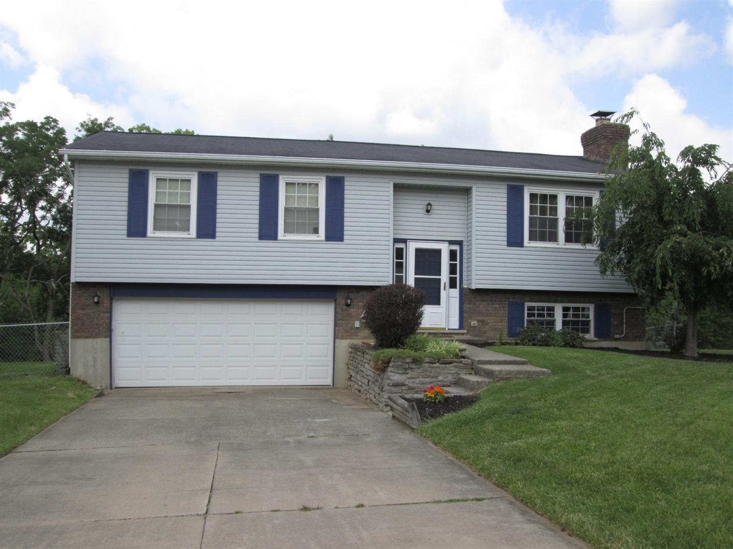 real estate photo 1 for 3581 Douglas Dr Alexandria, KY 41001