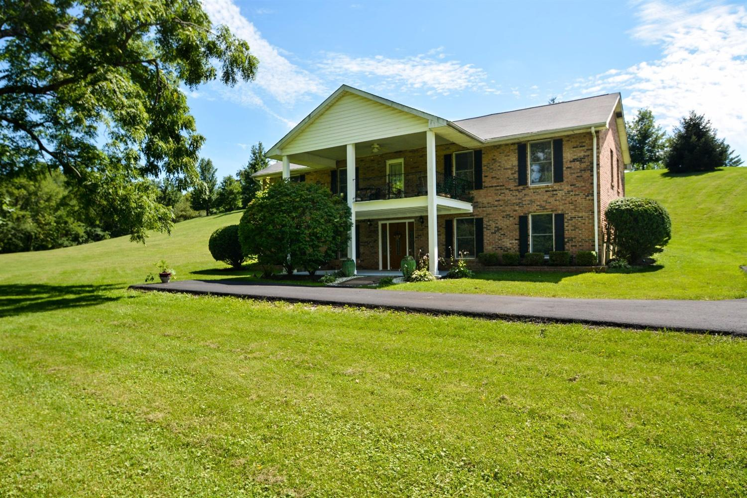 real estate photo 1 for 12218 Hutton Dr Union, KY 41094