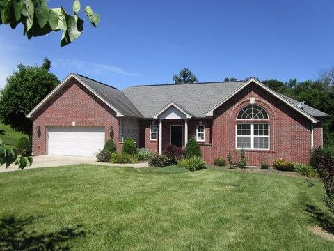 real estate photo 1 for 206 Carla Ct Dry Ridge, KY 41035