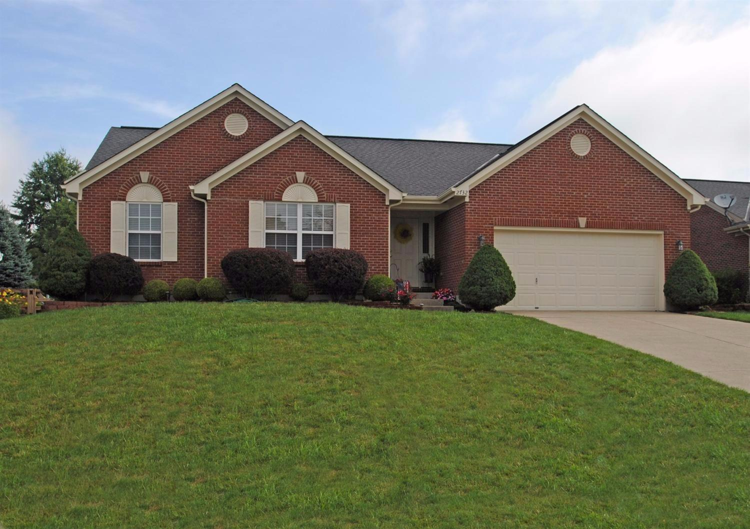 real estate photo 1 for 2732 Coachlight Ln Burlington, KY 41005