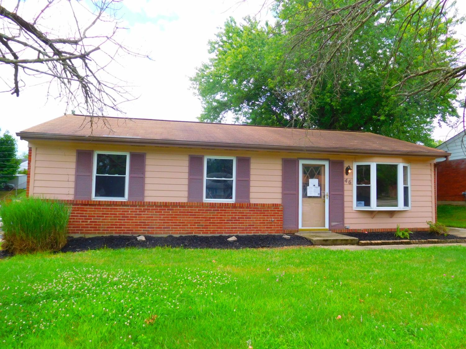 real estate photo 2 for 46 Plymouth Ln Elsmere, KY 41018