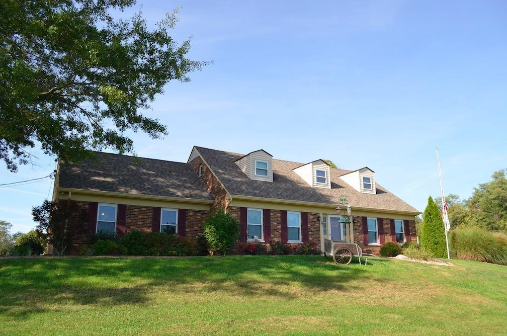 real estate photo 1 for 5739 Woolper Rd Petersburg, KY 41080