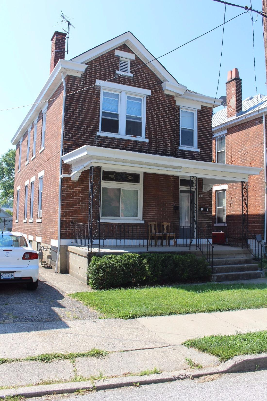 real estate photo 2 for 211 W 21st St Covington, KY 41014