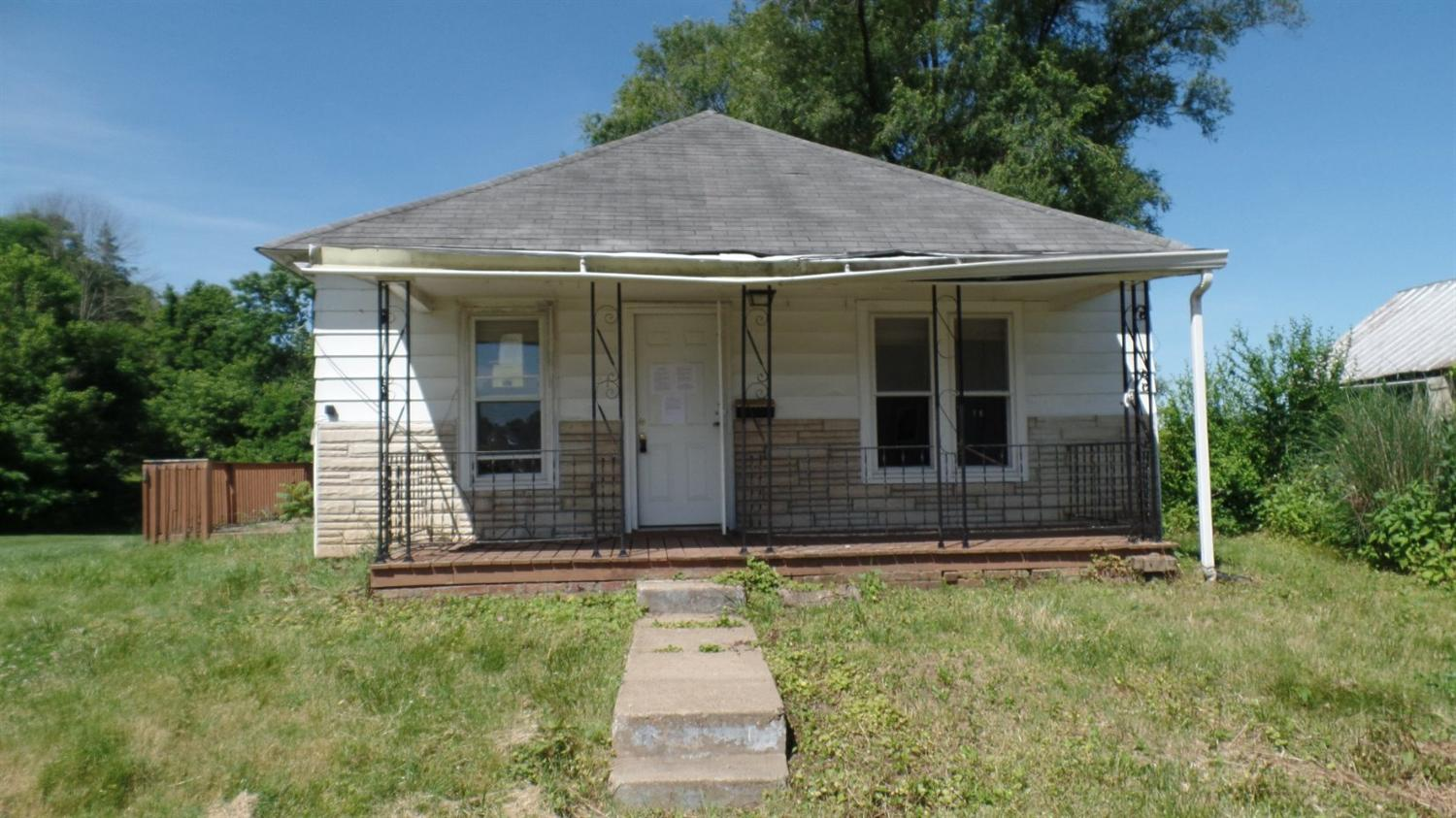 real estate photo 1 for 412 W 4th Augusta, KY 41002