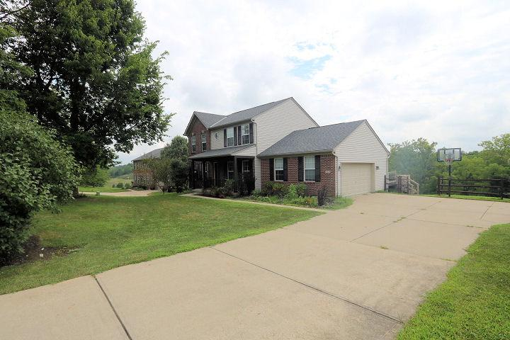 real estate photo 1 for 11334 Toll House Dr Walton, KY 41094
