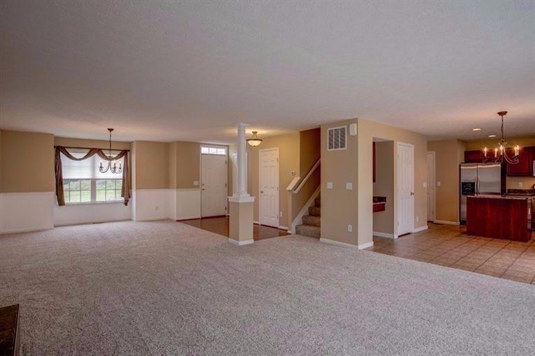 real estate photo 2 for 2707 Pebble Creek Way Florence, KY 41042