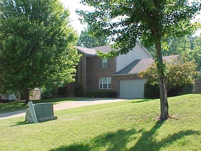 real estate photo 1 for 649 Elyse Way Florence, KY 41042