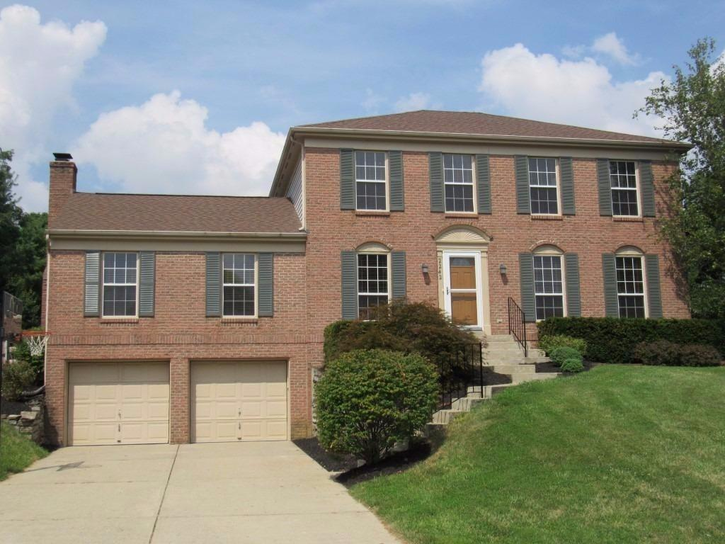 2242 Forest Lawn Dr