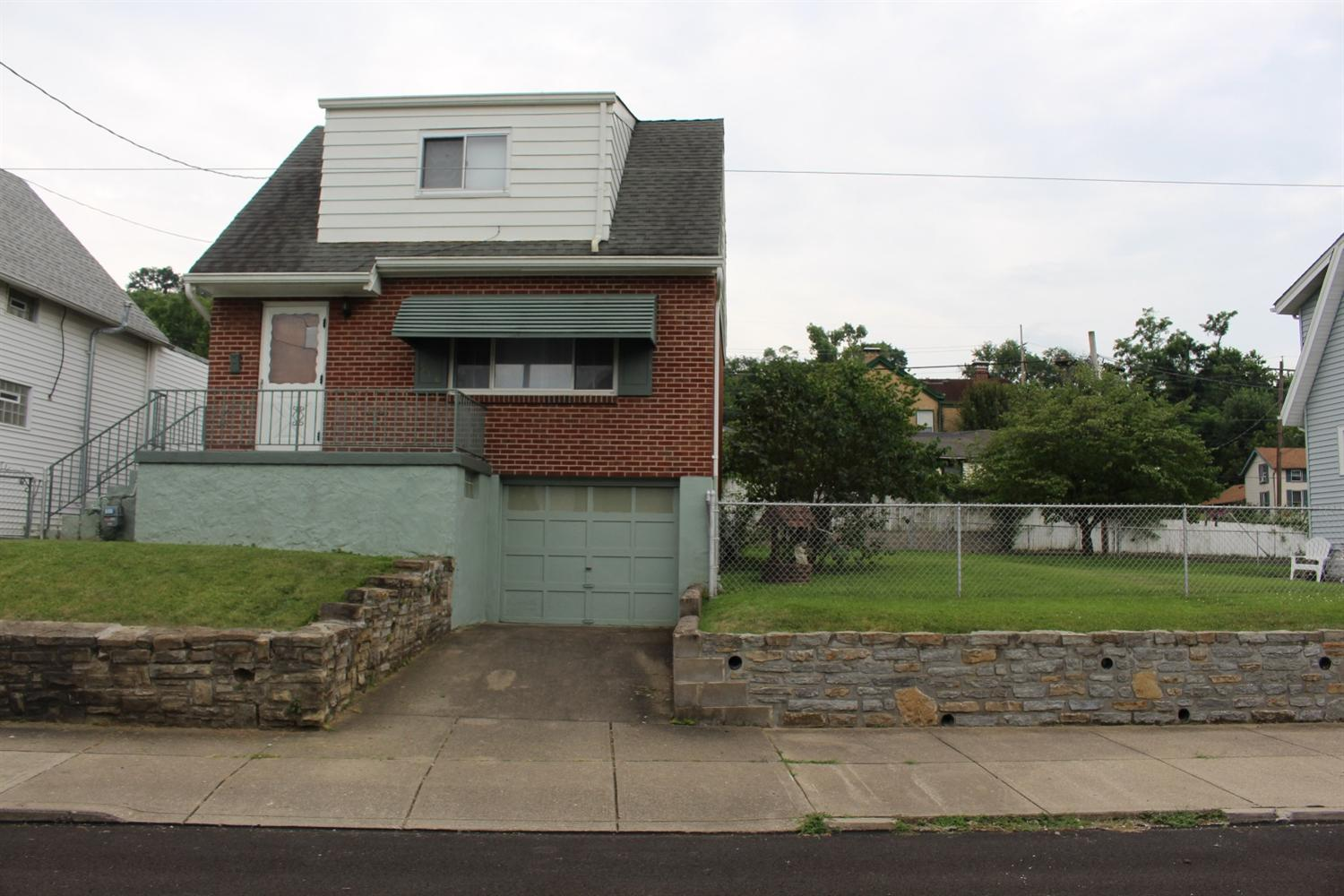 real estate photo 1 for 610 7th Ave Dayton, KY 41074
