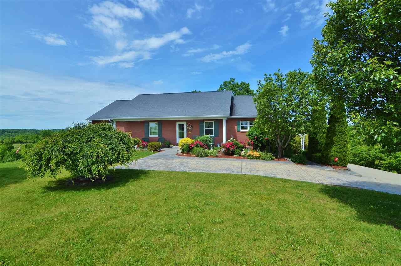 real estate photo 1 for 685 Grassy Run Rd Williamstown, KY 41097