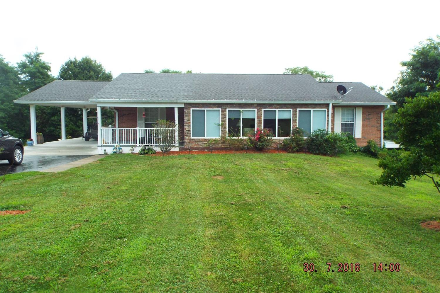 real estate photo 1 for 450 Case Ln Crittenden, KY 41030