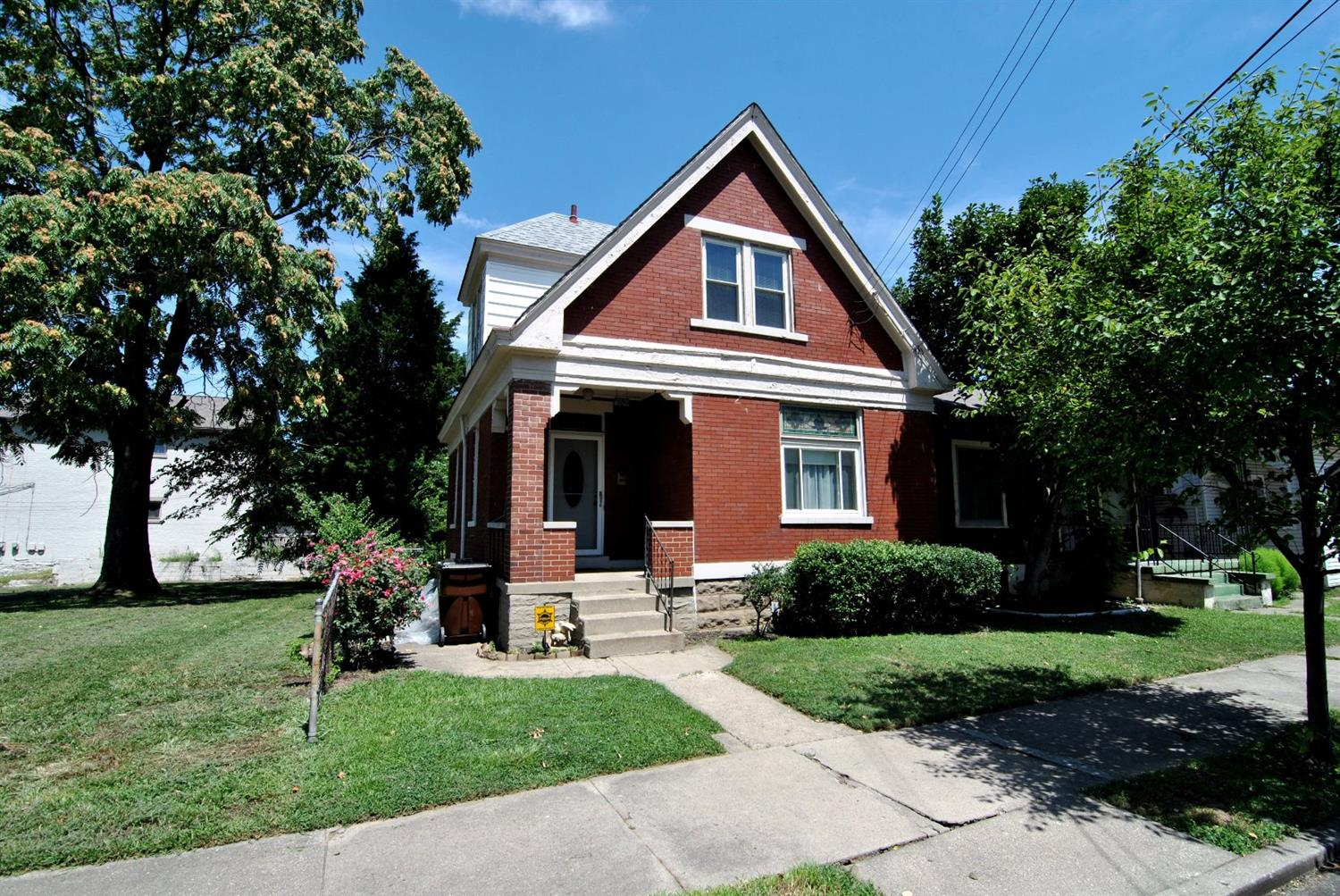 real estate photo 1 for 606 Delmar Pl Covington, KY 41014
