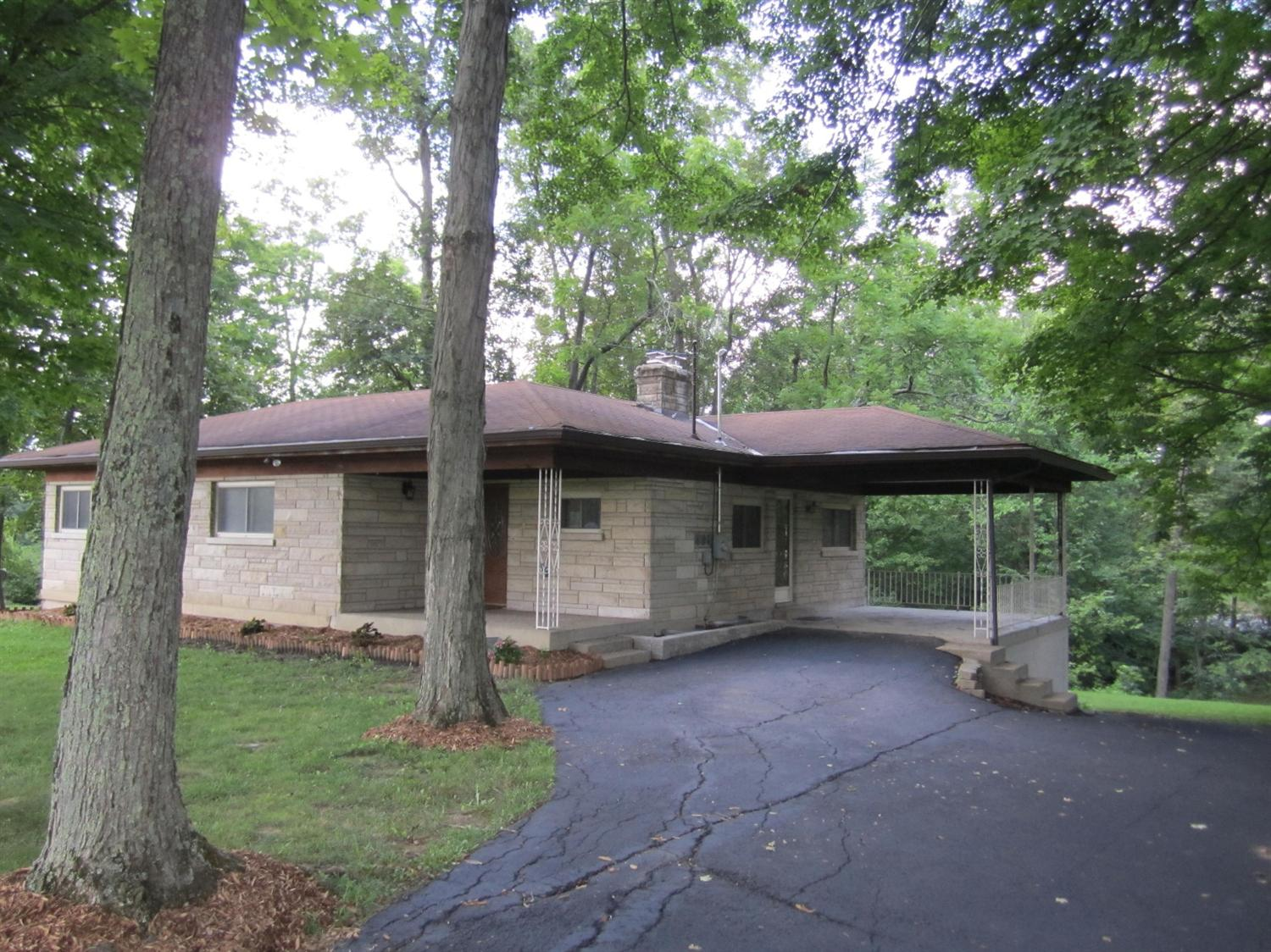 real estate photo 2 for 749 Beech Dr Taylor Mill, KY 41015