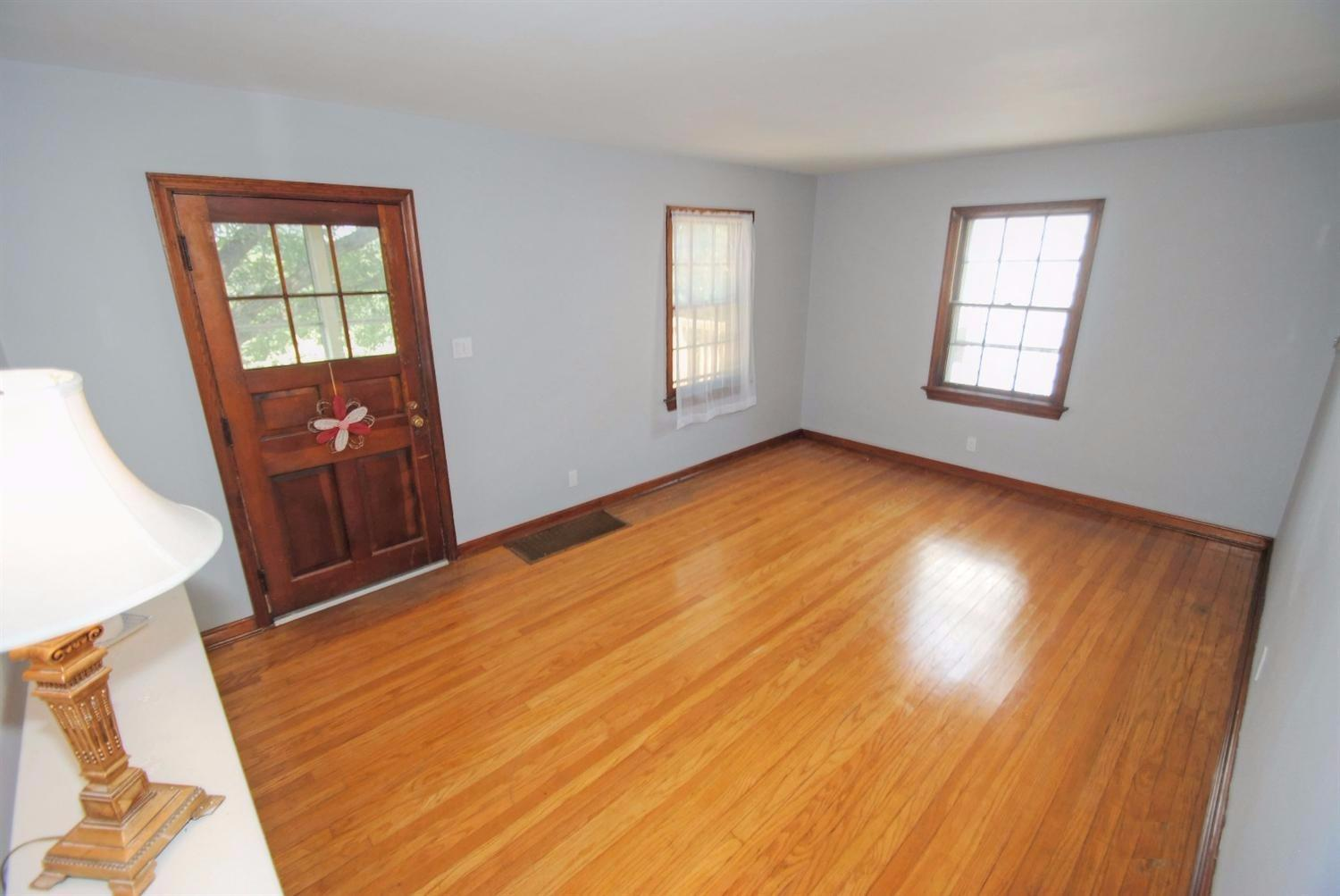 real estate photo 1 for 627 Grand Ave Taylor Mill, KY 41015