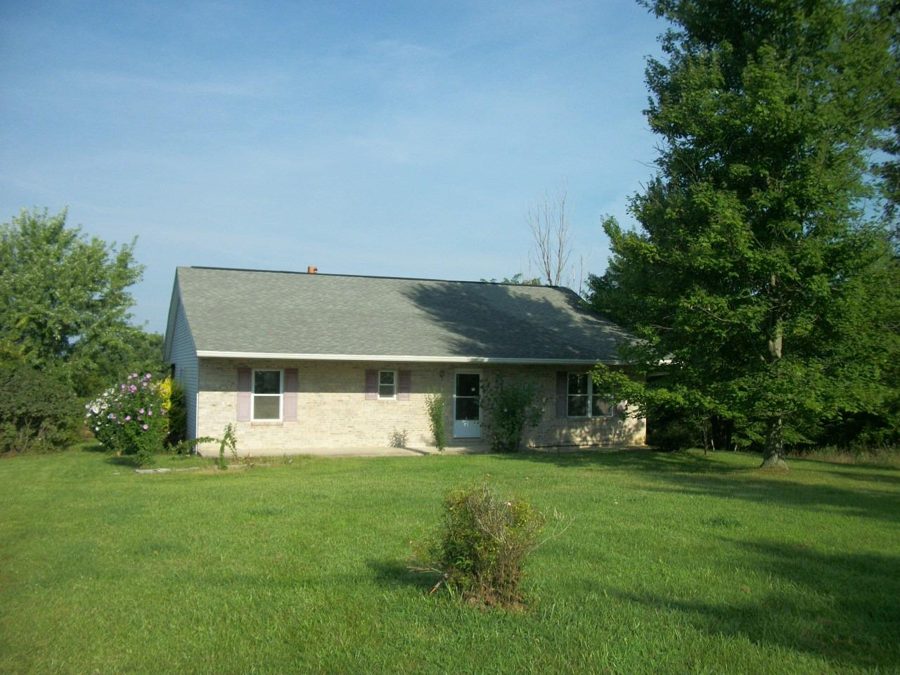 real estate photo 1 for 235 Ballinger Rd Falmouth, KY 41040