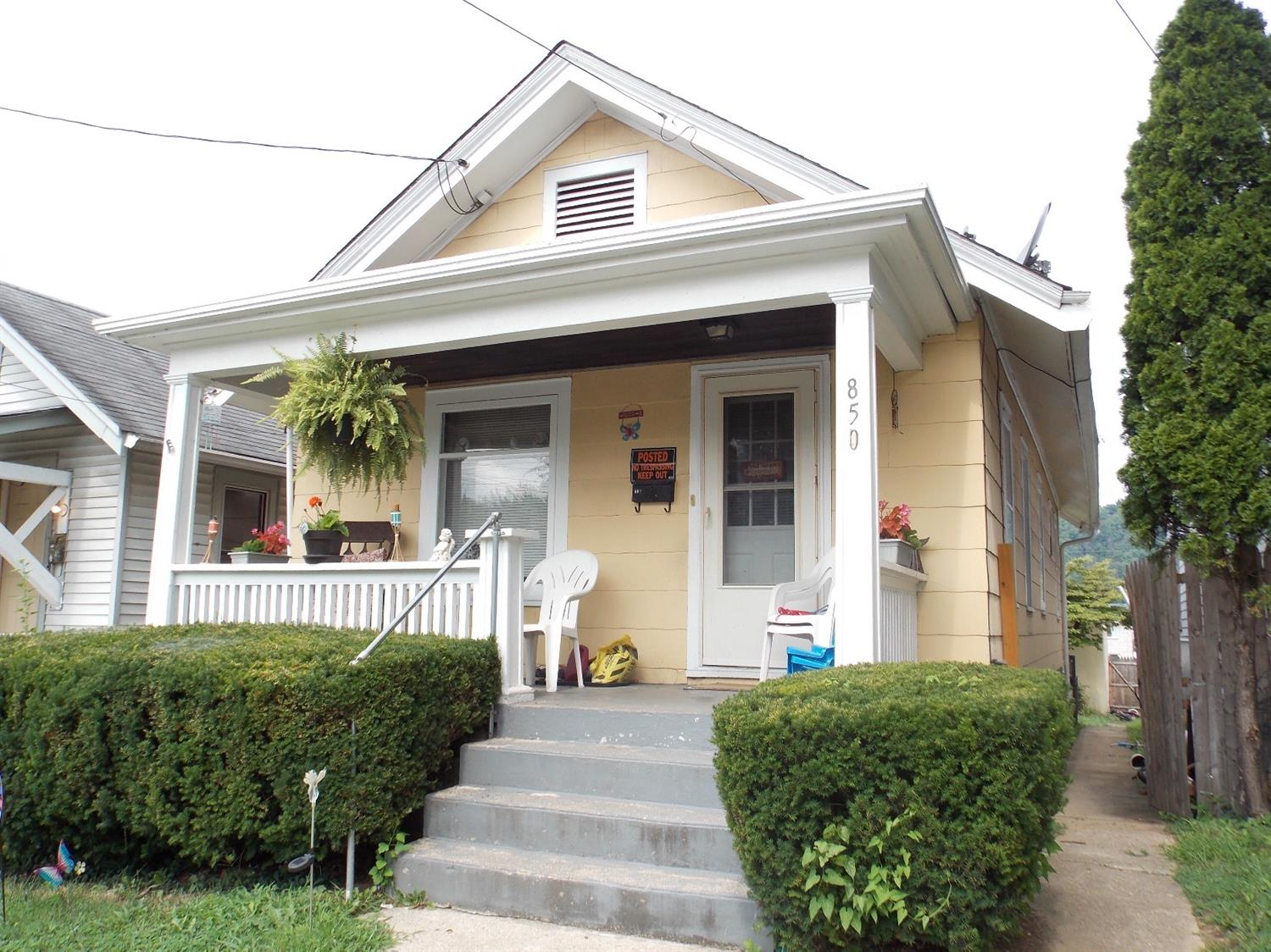 real estate photo 1 for 850 Oak St Ludlow, KY 41016