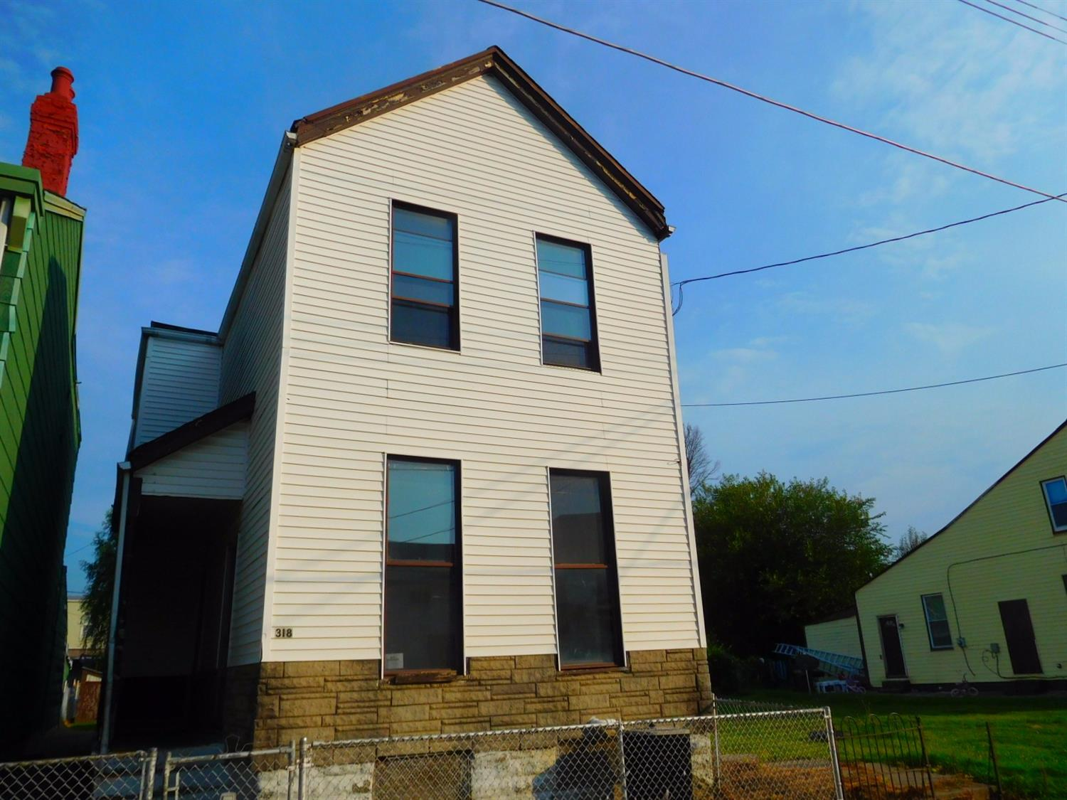 Photo 1 for 318 W 8th St Newport, KY 41071