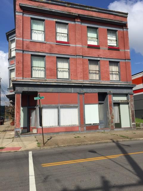 real estate photo 1 for 1725 1729 Madison Ave Covington, KY 41014