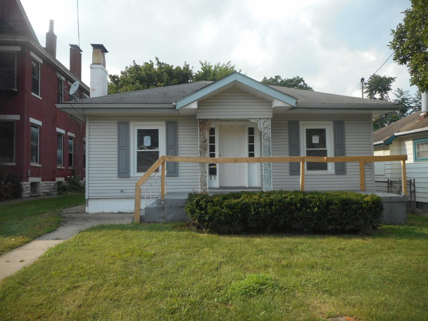 real estate photo 1 for 416 E 45th St Covington, KY 41015
