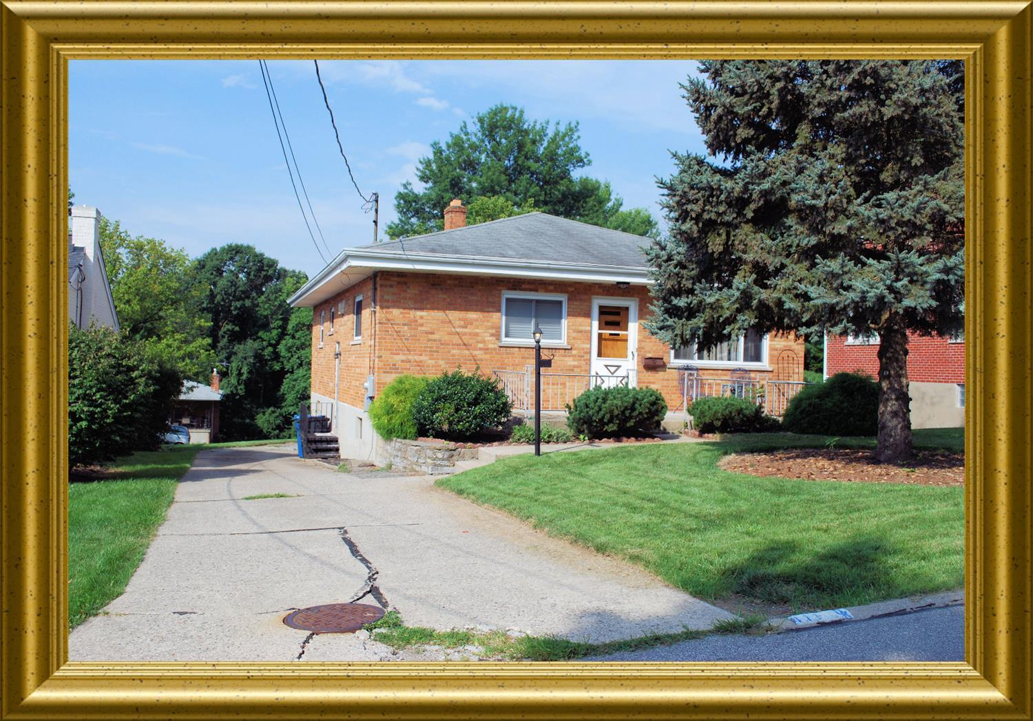 real estate photo 1 for 411 Timberlake Ave Erlanger, KY 41018
