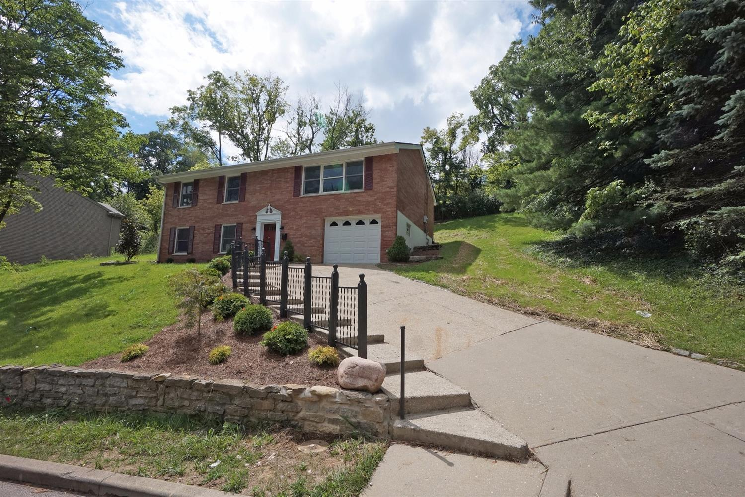 real estate photo 1 for 1251 E Henry Clay Ave Fort Wright, KY 41011