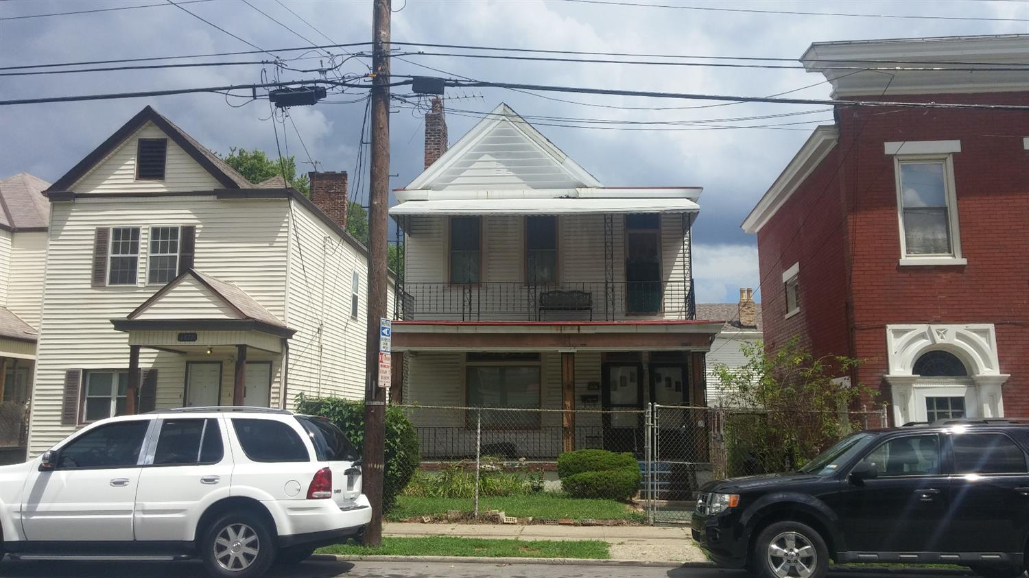 real estate photo 1 for 1824 Greenup St Covington, KY 41011