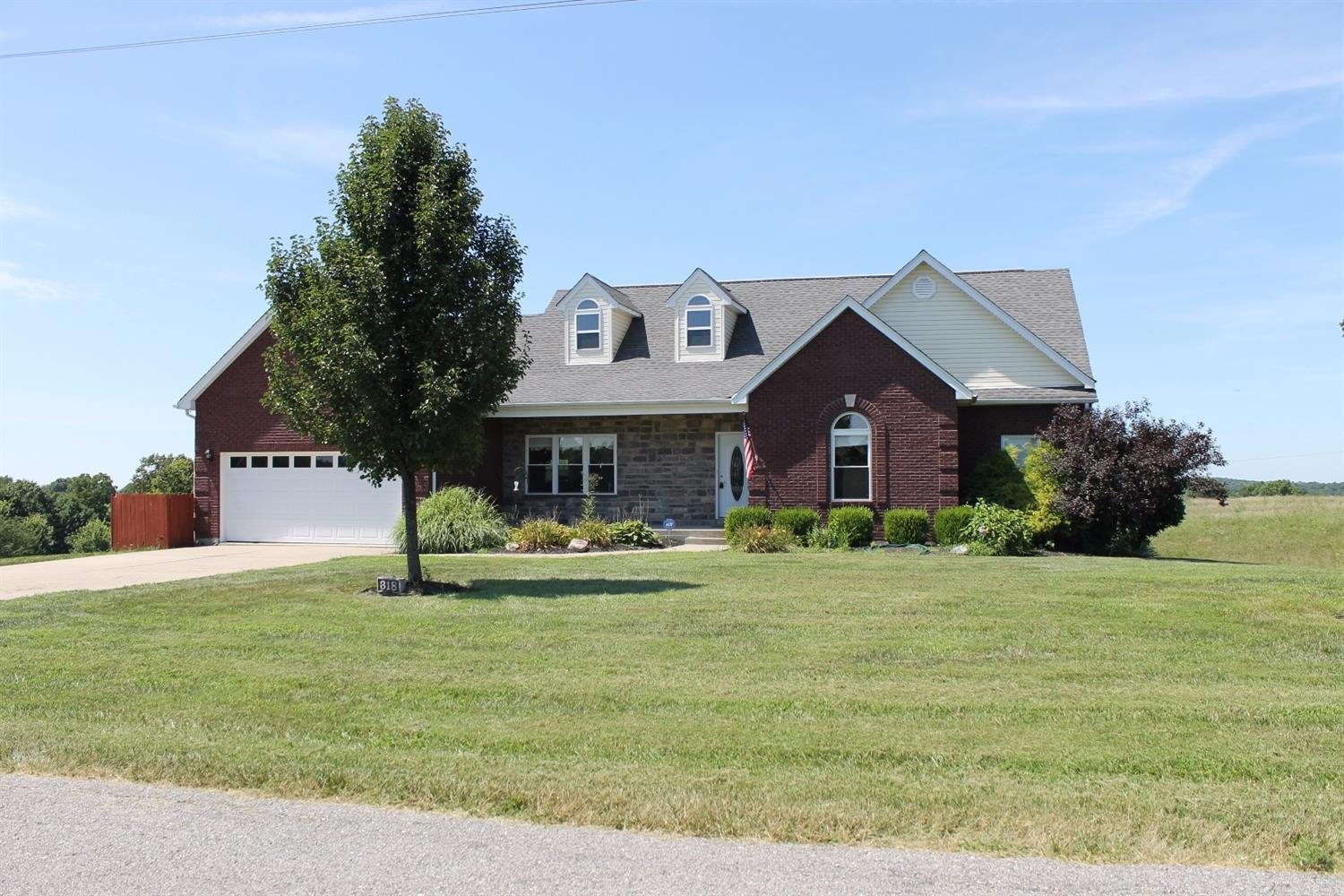 real estate photo 1 for 318 Mason Ln Sparta, KY 41086