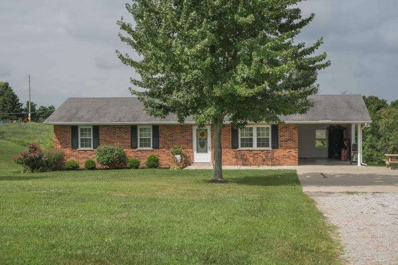 real estate photo 1 for 320 Eibeck Ln Williamstown, KY 41097