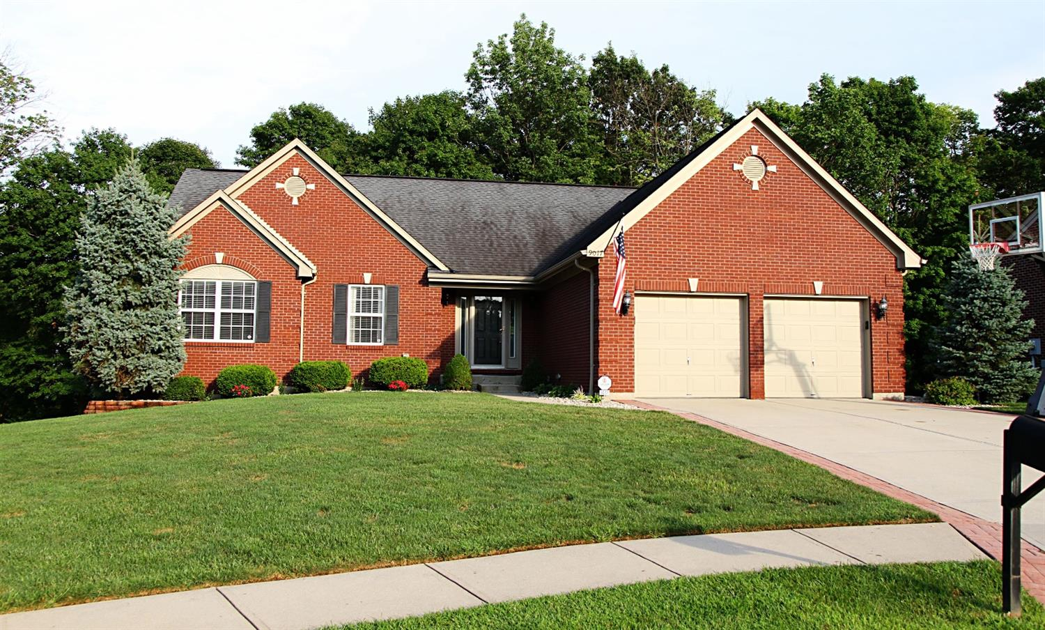 real estate photo 1 for 9017 Richmond Rd Union, KY 41091