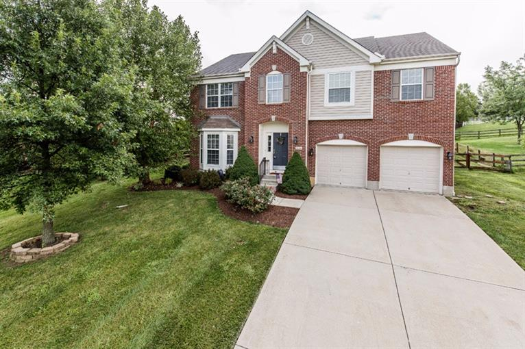 real estate photo 1 for 7126 Thornwood Ln Florence, KY 41042