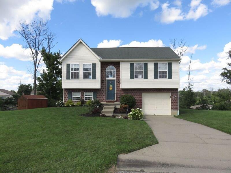 real estate photo 1 for 10786 Glenhurst Dr Independence, KY 41051